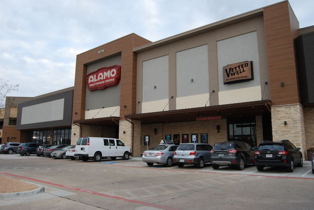 Creekside Shopping Center