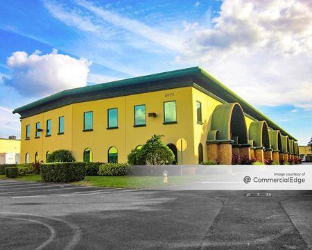 DrewTina Commerce Center - Orlando