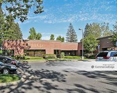 2330 Glendale Lane - Sacramento