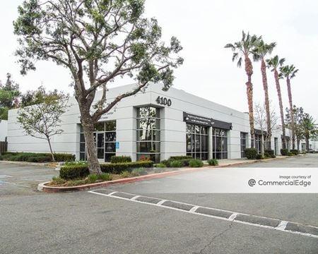 Latham Street Office Plaza - Riverside