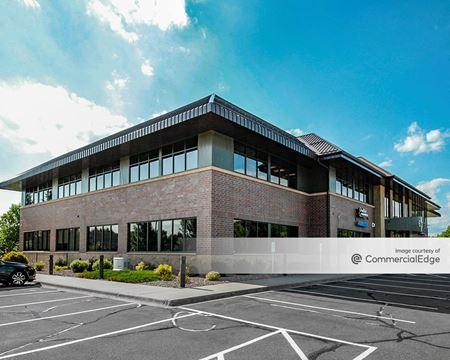 District Square Office Park - 622 Roosevelt Road - St. Cloud
