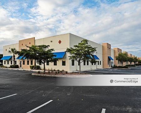 4220 Executive Circle - Fort Myers