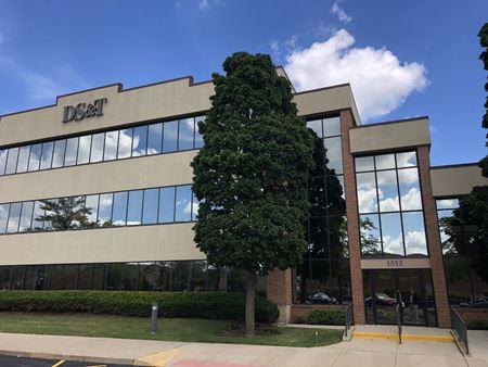 DS&T Building - Libertyville