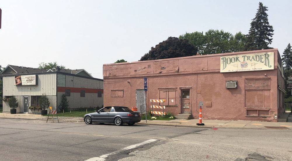 Great Redevelopment Opportunity For Sale in South Minneapolis!