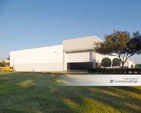 World Houston International Business Center - 15625 Vickery Drive