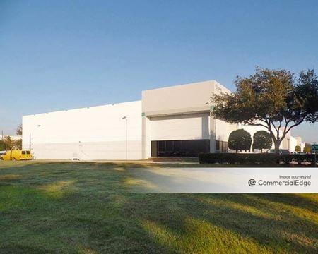 World Houston International Business Center - 15625 Vickery Drive - Houston
