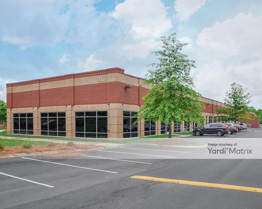 Aspen Corporate Center 300