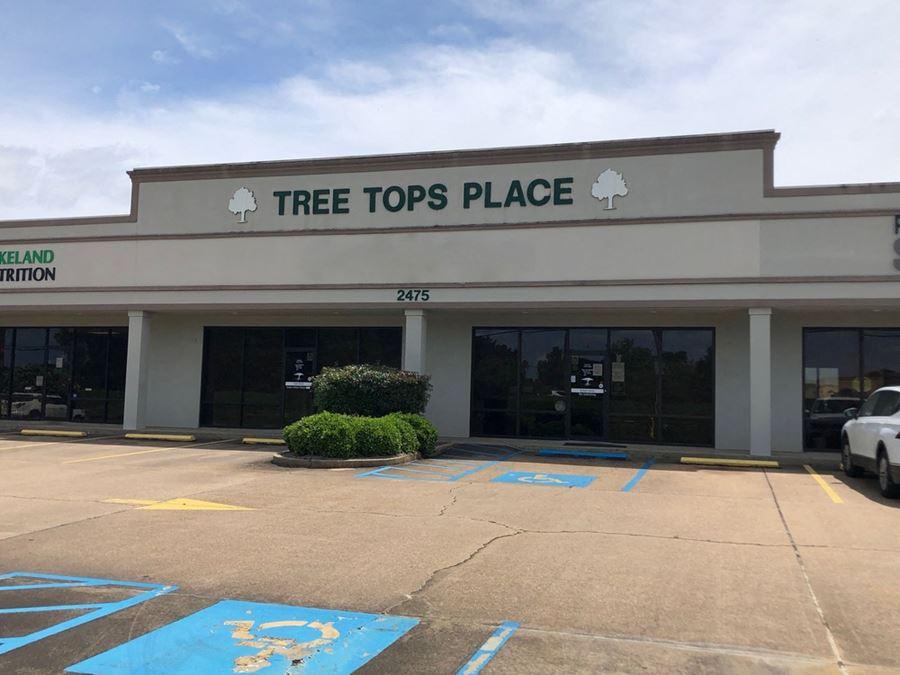 Treetops Plaza