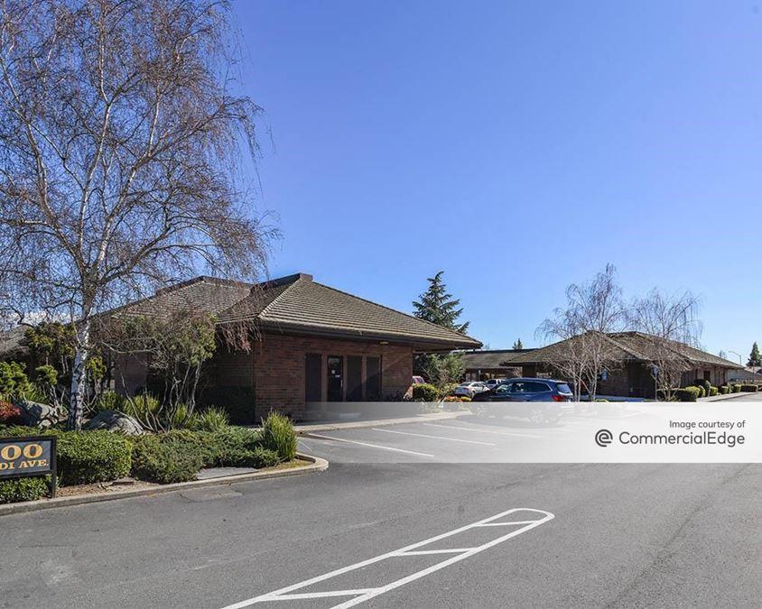 Lodi Avenue Business Center
