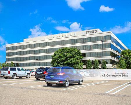 Laurel Office Park III - Livonia