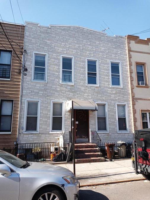 20-45 Linden Street
