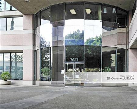 Toyota Plaza - Gardena