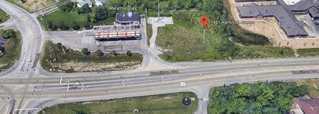 11461 Hamilton Ave - Cincinnati