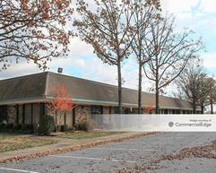 McCain Park Offices - 3809 & 3901 Buildings - North Little Rock