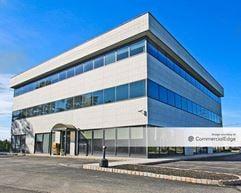 788 Corporate Center - Short Hills