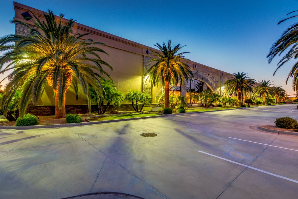 Luxurious Modern Executive Stellar Airpark Hangar & Offices