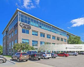 Waddell & Reed Office Park - 6301 Glenwood Avenue