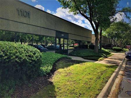 Deerfield Business Center - Office Suites for Lease - Deerfield