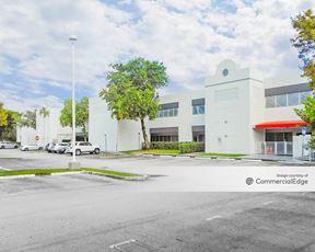 Doral West Center