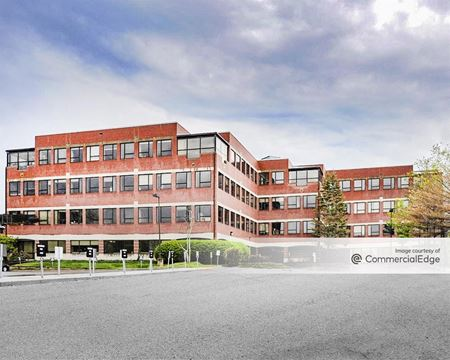 Crown Colony Office Park - 300 Congress Street - Quincy