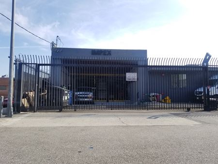 Textile Warehouse - Los Angeles