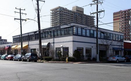 Montgomery Center (300-207) - Alexandria