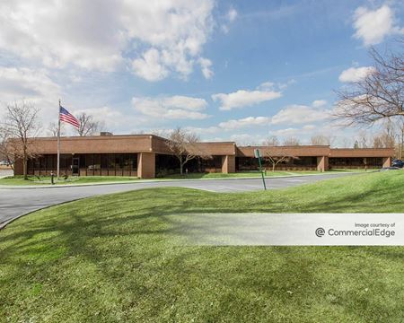 15010 Commerce Drive South - Dearborn