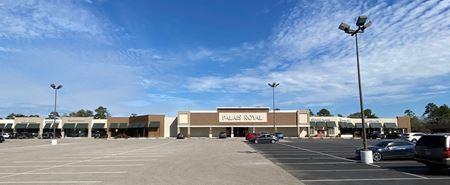 Shoppes at Kingsgate - Houston
