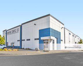Crossroads Commerce Park - Building 4
