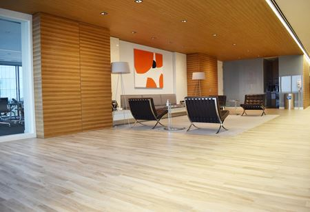 Fountain Place - 219,795 RSF Sublease - Dallas