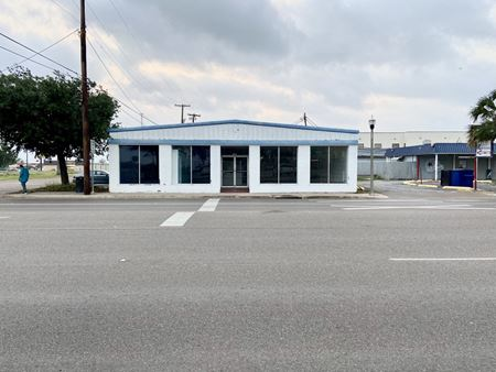 Freestanding Retail in CBD - Mercedes