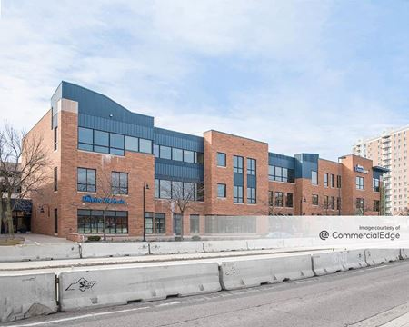 Woodlake Center - Richfield