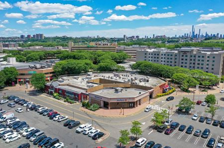 The Plaza at Harmon Meadow - Secaucus