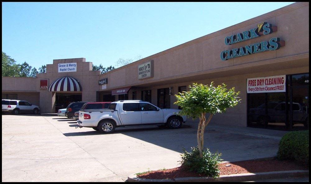 Elton Place Shopping Center