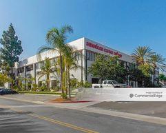 Anaheim Palms - 2461 West La Palma Avenue - Anaheim