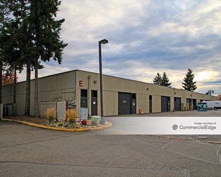 Lakewood Business Park - Lakewood