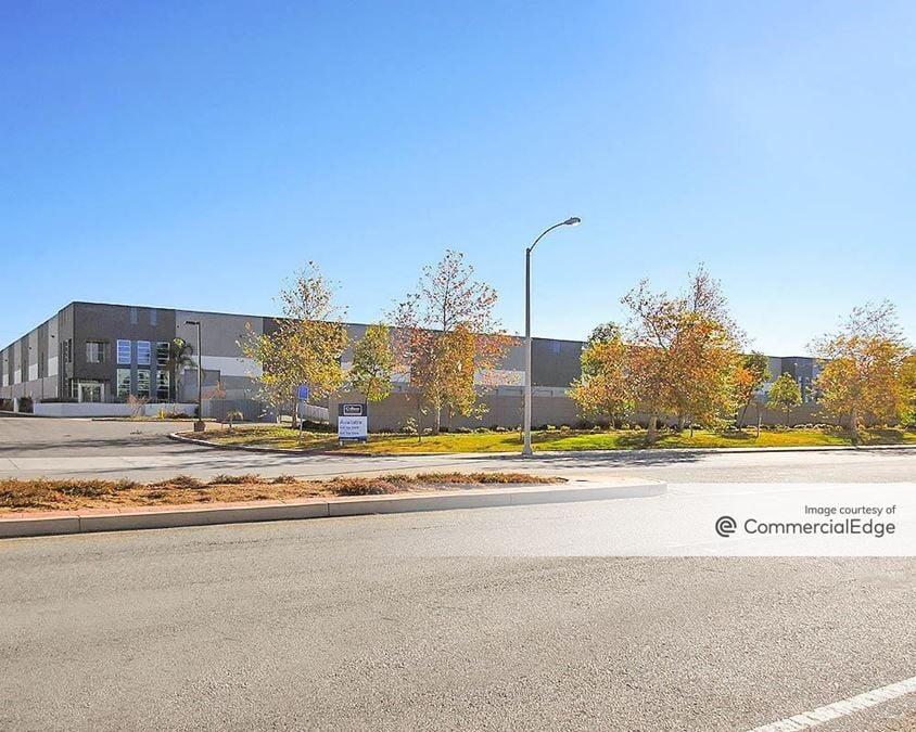 Sycamore Canyon Business Park - 6250 Sycamore Canyon Blvd