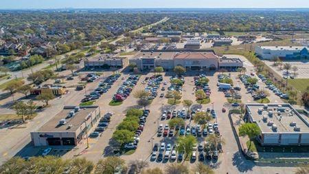 Cooper Oaks Crossing Shopping Center - Arlington