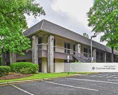 Riverchase Office Plaza - Hoover