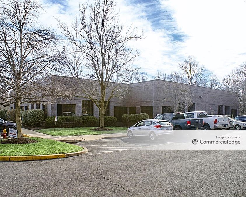 Glenview Corporate Center - 3260 Tillman Drive