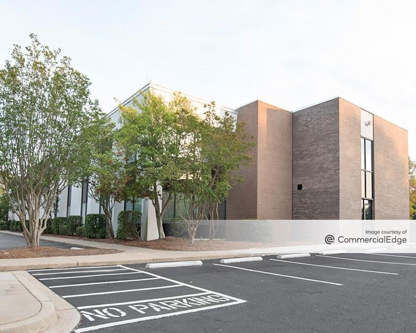 Synergy Business Park - Saluda Building