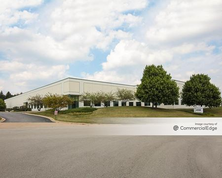 The Corporate Woods - 750-800 Corporate Woods Pkwy - Vernon Hills