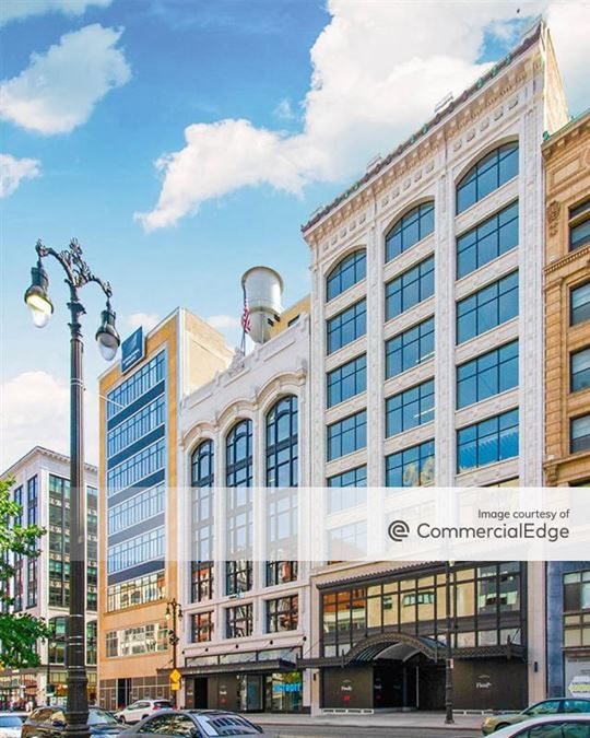 1529 Woodward Avenue