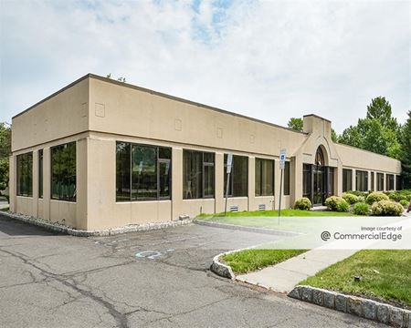 Murray Hill Office Center - New Providence