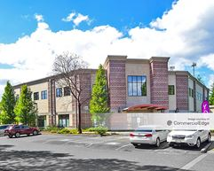 Towne Plaza Building - Gig Harbor