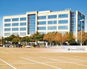 Hall Park - 2591 Dallas Pkwy