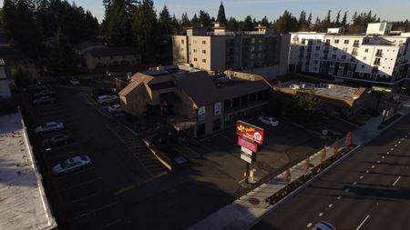 Aurora Retail Center - Shoreline