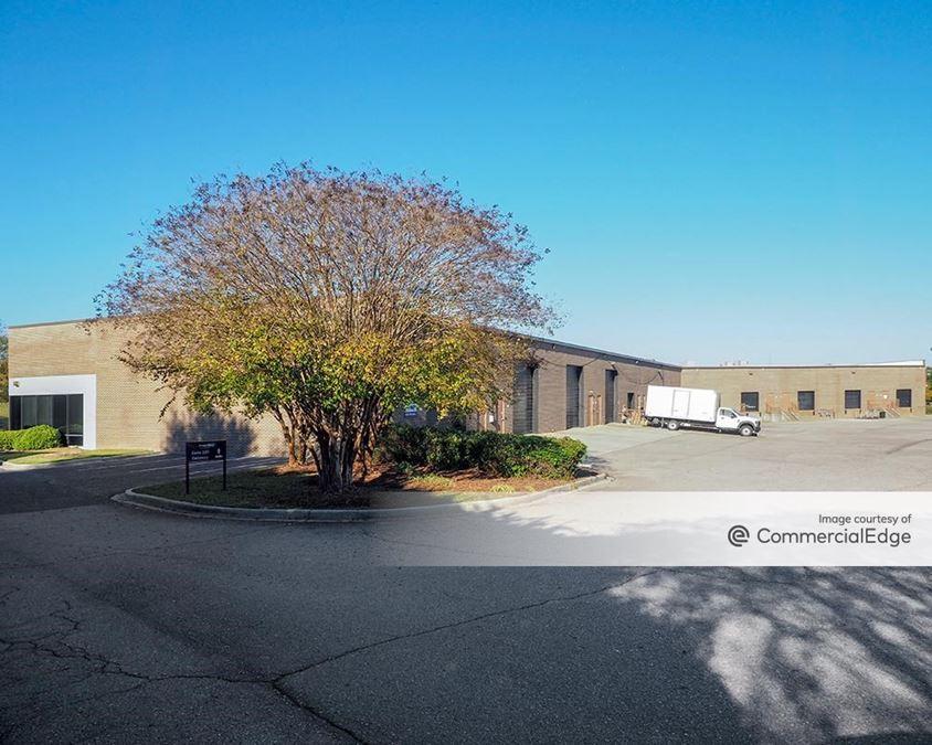 Northeast Commerce Center - 6904 North Main Street & 100 Northeast Drive