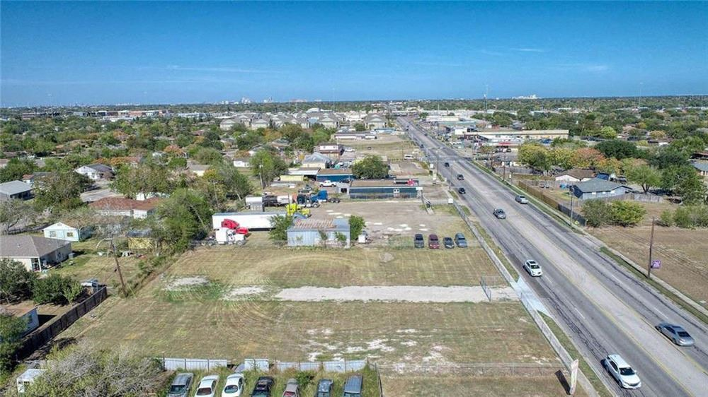 5437 Kostoryz Road, Corpus Christi, TX 78415