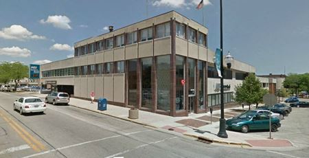 216 W. Madison - Office Building For Sale - Waukegan